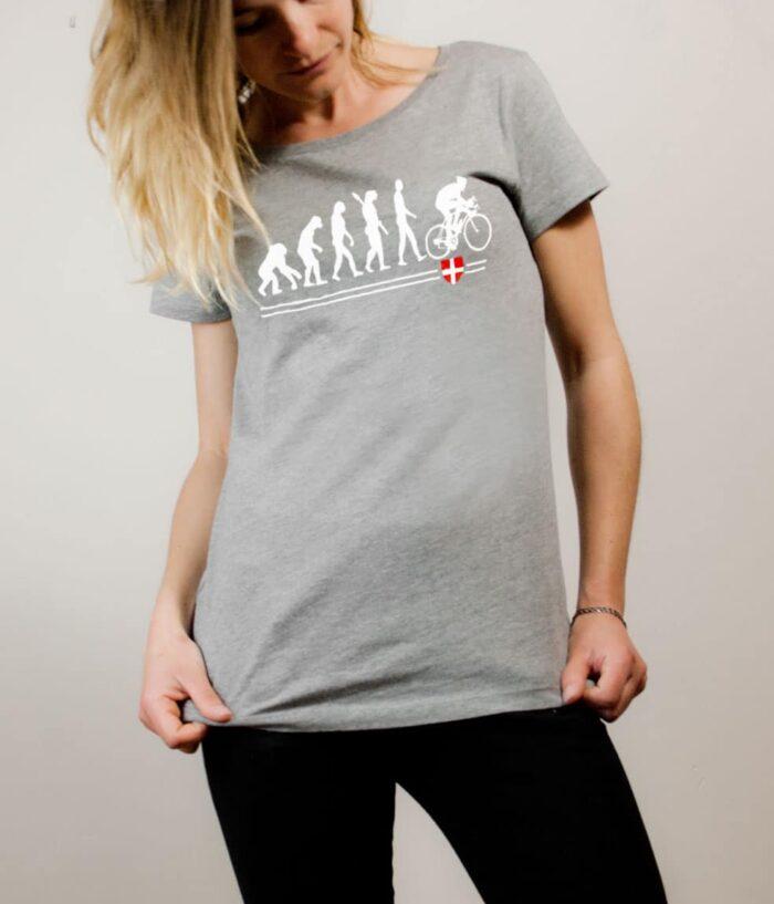 T-shirt Cyclisme : Évolution de l'homme en cycliste femme gris