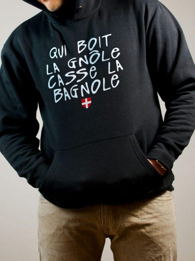Sweat Savoie : Qui boit la gnôle casse la bagnole homme noir